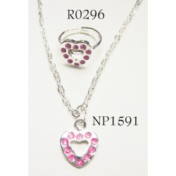 Kids Necklace with heart shape pendant