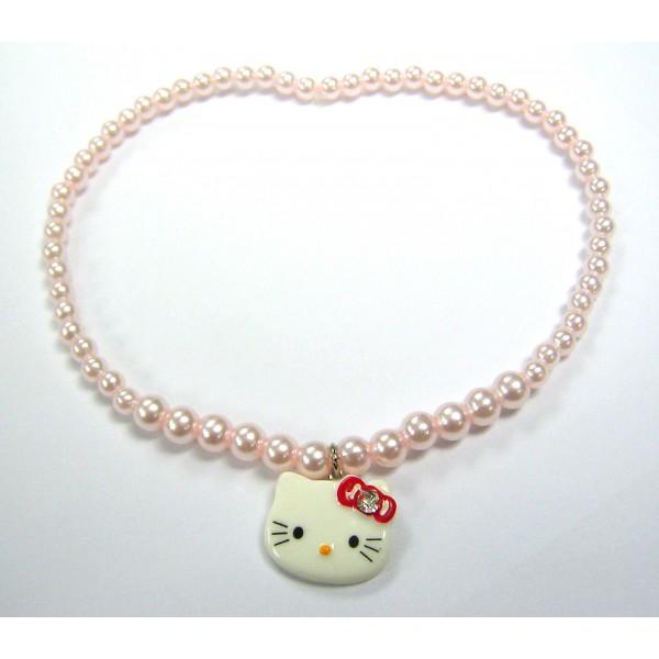 Hello Kitty beads necklace with charm
